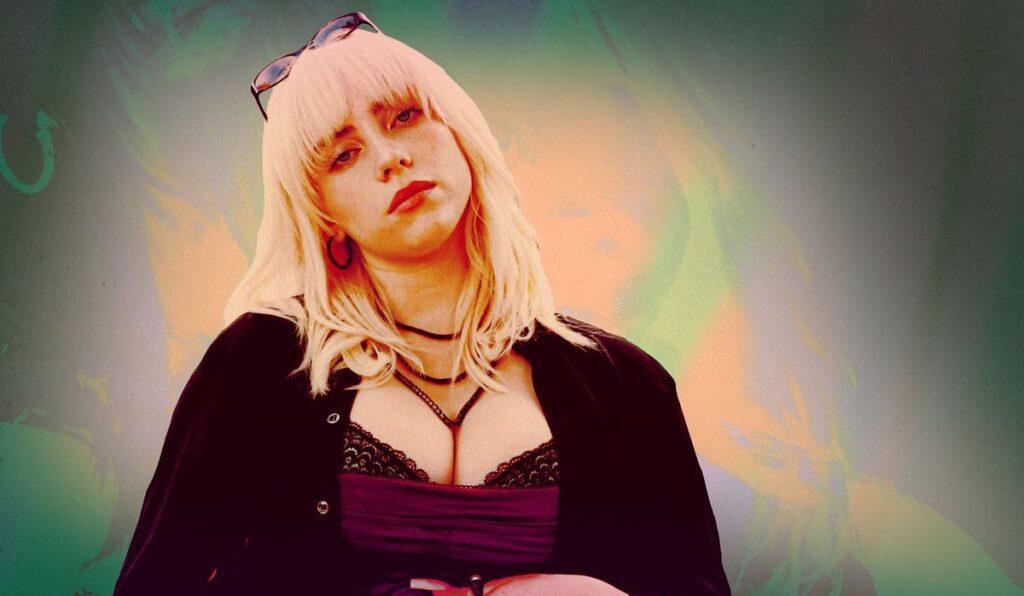 Novo álbum de Billie Eilish é um dos destaques da música no ano (foto: Divulgação)