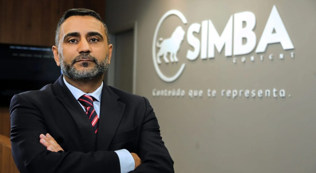 Carlos Alkimim é um dos diretores da Simba, empresa que representa a Record, SBT e a RedeTV! nas operadoras de TV por assinatura (foto: Divulgação/Simba)