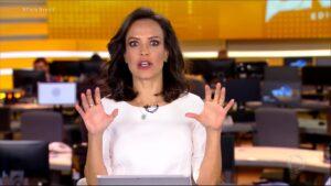 Fabiana Oliveira foi uma das apresentadoras do Fala Brasil de 28 de agosto (foto: Reprodução/Record)
