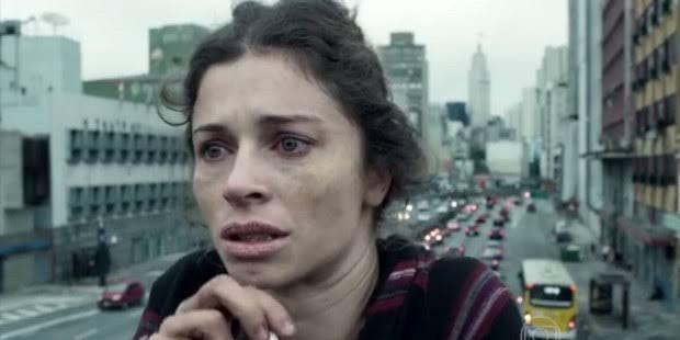 Grazi Massafera caracterizada como Larissa em Verdades Secretas (foto: Reprodução/TV Globo)
