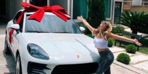 Lexa surpreendeu fãs com valor de carro zero (foto: Reprodução)