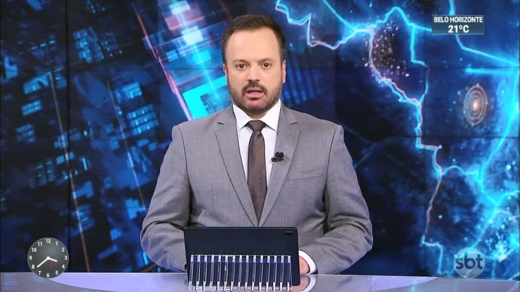 Marcelo Torres no SBT Brasil de 19 de agosto: líder de audiência na madrugada (foto: Reprodução/SBT)