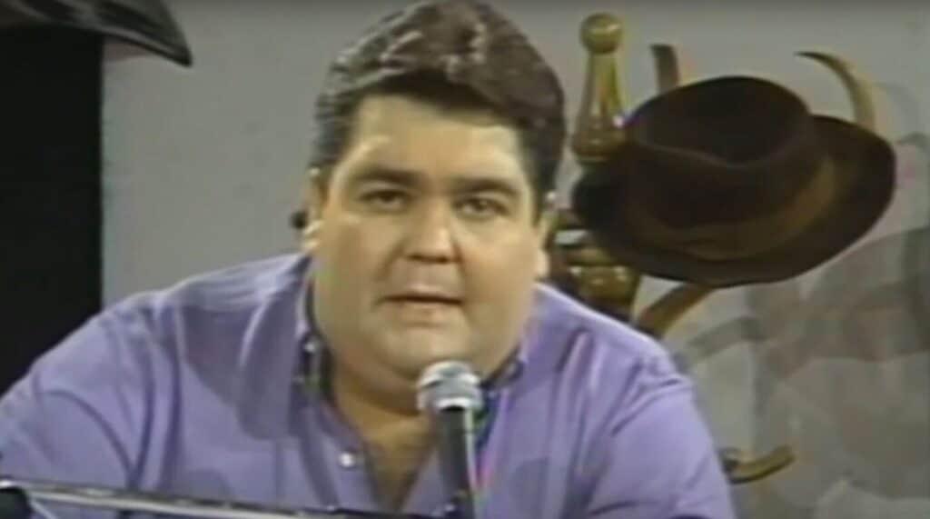 Faustão em um dos episódios do Perdidos na Noite, exibido entre 1986 e 1988 (foto: Reprodução/Band)
