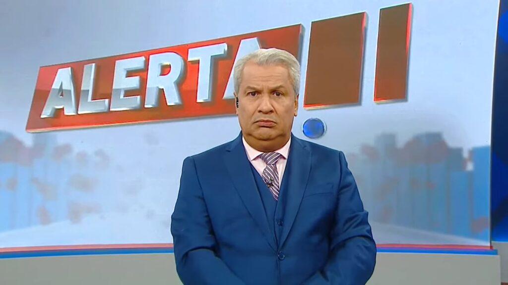 """TV A Crítica foi parceira da Record por 12 anos antes de virar """"a emissora de Sikêra Jr."""" (foto: Reprodução/TV A Crítica)"""