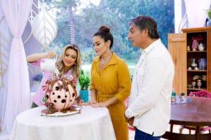 Na prova criativa, participantes do Bake Off Brasil são desafiados com a Esfera Surpresa (foto: SBT/Lourival Ribeiro)