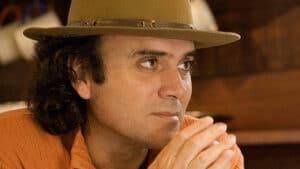 Almir Sater está no elenco da nova versão de Pantanal; Globo vai gravar cenas da novela em uma das fazendas do cantor (foto: Reprodução)
