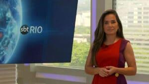 Isabele Benito falou sobre as novidades no cenário após mudança para nova sede do SBT Rio (foto: Reprodução/SBT)