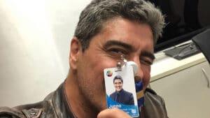 Junno Andrade gostou da experiência de apresentador na Record; ele foi contratado pelo canal de Silvio Santos para fazer novela (foto: Reprodução)