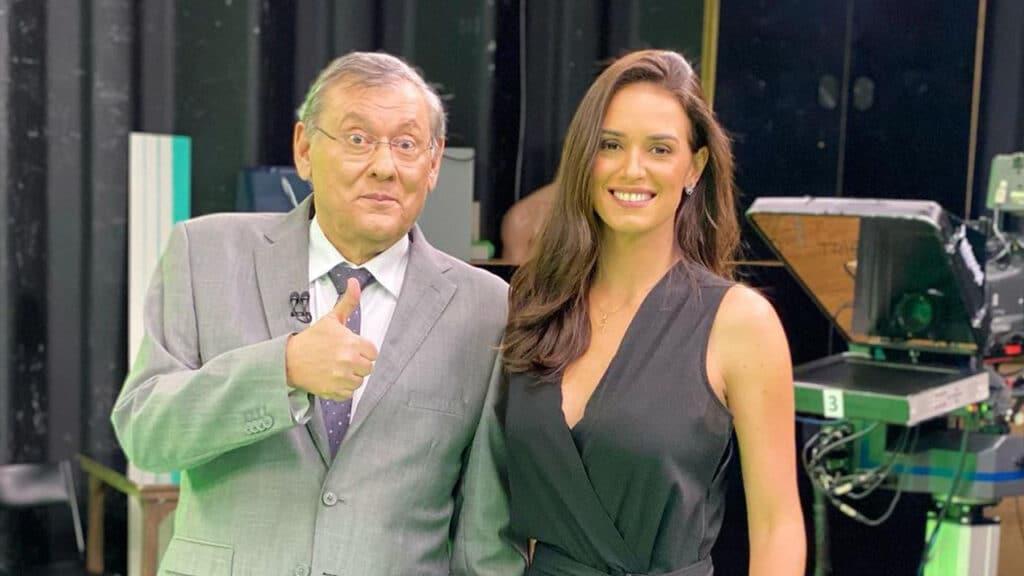 A jornalista Lívia Nepomuceno foi efetivada no esportivo Terceiro Tempo após pedido do apresentador Milton Neves (foto: Reprodução)