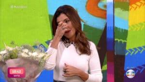 Fátima Bernardes chorou com presentes de Ana Maria Braga (foto: Globo/Reprodução)