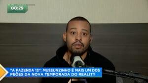 Mussunzinho também é ator e fez novelas na Globo (foto: Record/Reprodução)