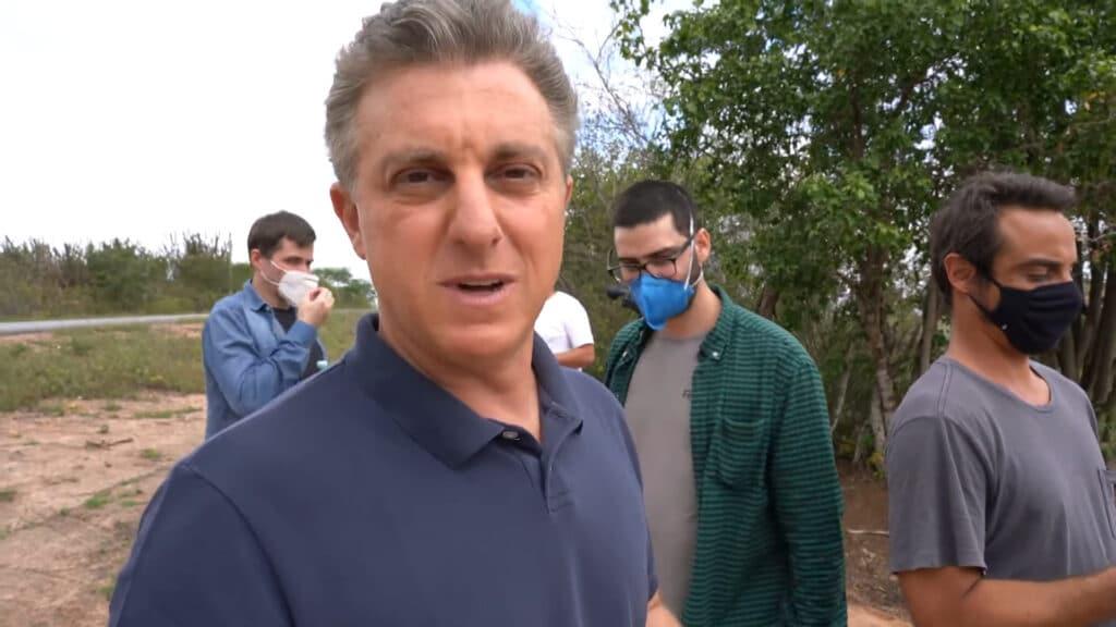 Luciano Huck não quer saber de choradeira no Domingão (foto: Reprodução/Globo)