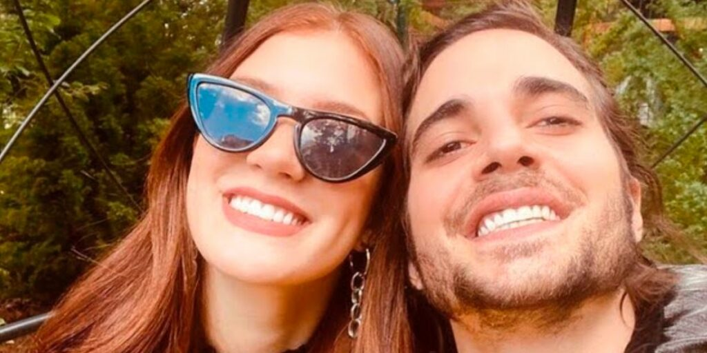 Fiuk aproveitou o feriadão para viajar ao lado de Thaisa Carvalho (foto: Reprodução)
