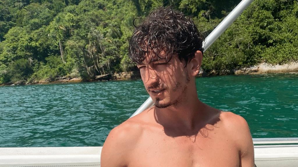 Johnny Massaro fará cenas tórridas de sexo com ex de Sasha (foto: Reprodução/Instagram)
