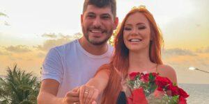 Depois de pedido de casamento no Power Couple, Mirela Janis e Yugnir Ângelo noivaram outra vez (foto: Reprodução)