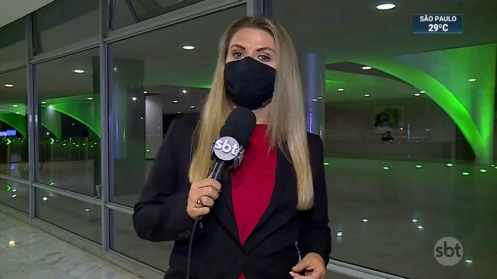 Nathalia Fruet teve que trocar de roupa para gravar reportagem para o SBT Brasil (foto: Reprodução/SBT)