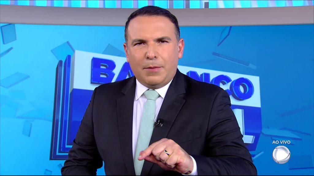 Reinaldo Gottino no Balanço Geral: jornalístico foi um dos destaques de audiência da Record em agosto (foto: Reprodução/Record)