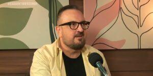 Rodrigo Carelli ironizou queixas dos fãs de A Fazenda (foto: Reprodução/Record)