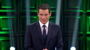 Celso Portiolli sucedeu Silvio Santos na apresentação do Show do Milhão (foto: Reprodução/SBT)