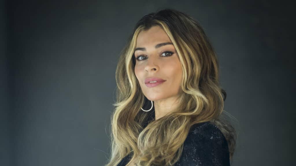 Imagem da atriz Grazi Massafera em foto de divulgação do programa Simples Assim, da Globo