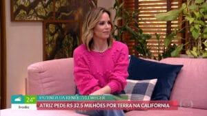 Imagem da apresentadora Ana Furtado no programa É de Casa