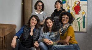 Foto de divulgação da série As Five