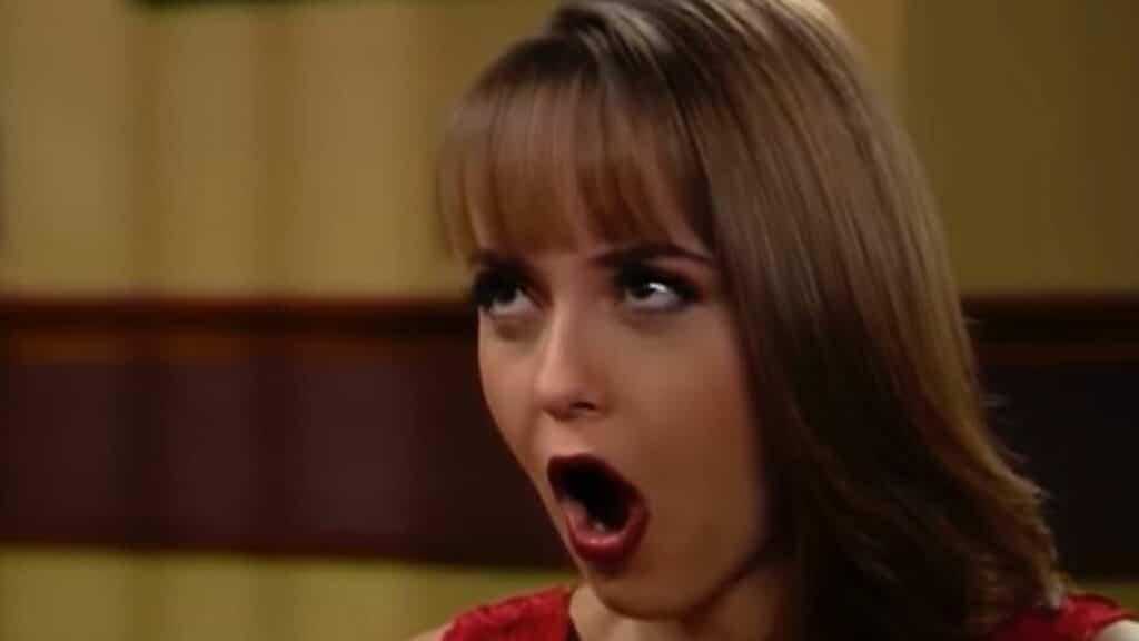 Gaby Spanic como a Paola Bracho de A Usurpadora